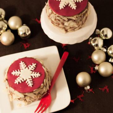 Weihnachtliche Eierlikörtörtchen mit Mousse au Chocolat-Espresso und Amarettini Füllung