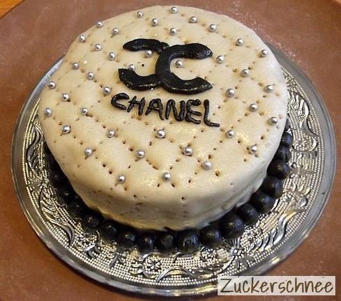 one-million-dollar-cake--L-nxPmph