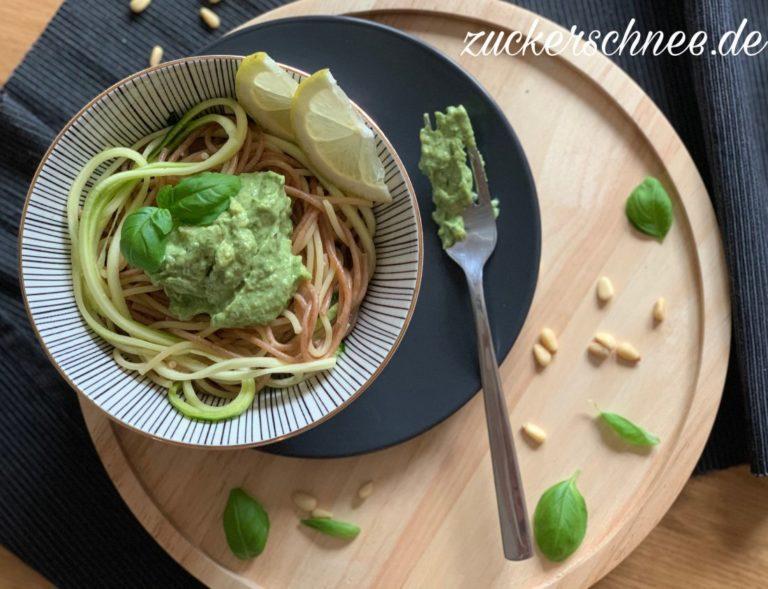 Basilikum Pesto Vegan Rezept